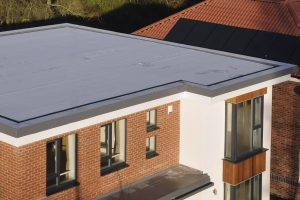 Average cost to replace a flat roof